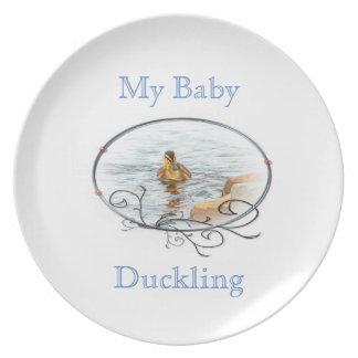 Baby wildlife plate
