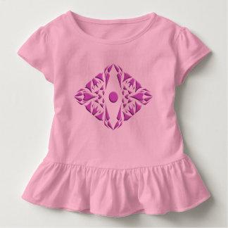 Babygirl rizó el vestido con diseño del modelo playera