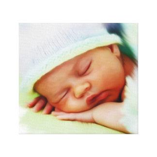 Babyportrait después de presentación de foto impresion en lona