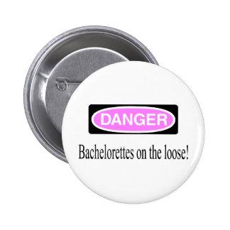 Bachelorettes en el flojo pin redondo de 2 pulgadas