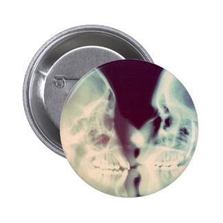 Bacio de Spilla Pins