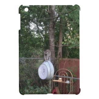 backyard visitor iPad mini case