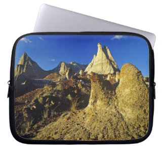 Badlands formations at Dinosaur Provincial Park 2 Laptop Sleeve