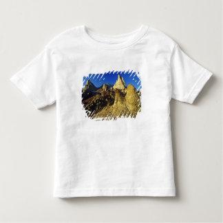 Badlands formations at Dinosaur Provincial Park 2 Toddler T-shirt