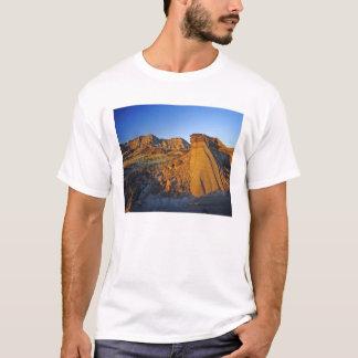 Badlands formations at Dinosaur Provincial Park 3 T-Shirt