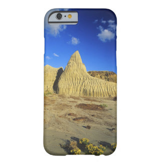 Badlands formations at Dinosaur Provincial Park 7 Barely There iPhone 6 Case