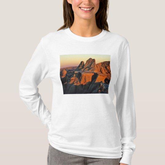Badlands in Theodore Roosevelt National Park T-Shirt