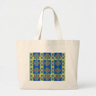 Bag with Beautiful Mod Design