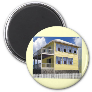 Bahamian House 2 Inch Round Magnet