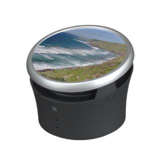 Bahía costera del café del paisaje altavoz