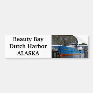 Bahía de la belleza, barco del cangrejo en el puer pegatina para auto