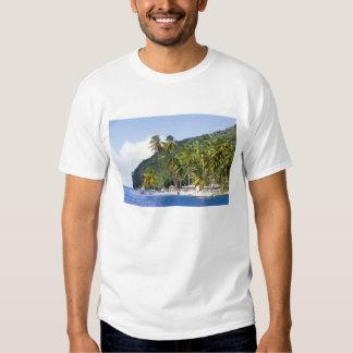 Bahía de Marigot, St Lucia, del Caribe Camisas