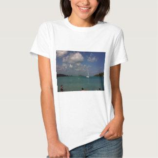 Bahía de Megans Camisas