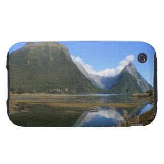 Bahía de Milford Sound, pico del inglete, Nueva Ze Tough iPhone 3 Cárcasas