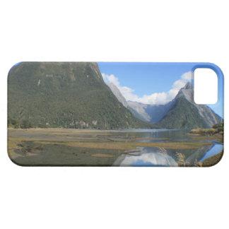 Bahía de Milford Sound, pico del inglete, Nueva Ze iPhone 5 Case-Mate Carcasas