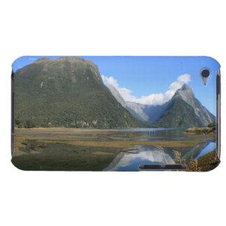 Bahía de Milford Sound, pico del inglete, Nueva Ze iPod Touch Funda