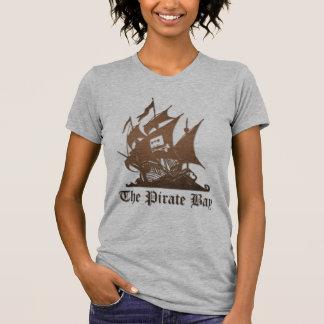 Bahía del pirata piratería del Internet Camiseta