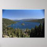 Bahía esmeralda, el lago Tahoe, California, los E. Posters