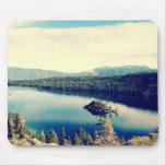 Bahía esmeralda el lago Tahoe Mousepad Alfombrillas De Ratón