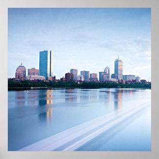 Bahía trasera de Boston a través del río Charles Poster