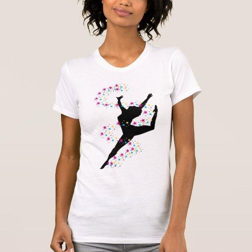 Bailarín con la camiseta de las estrellas