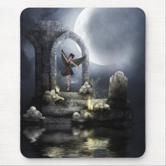 Bailarín del ángel del gótico, cráneos agua y luna tapete de ratón