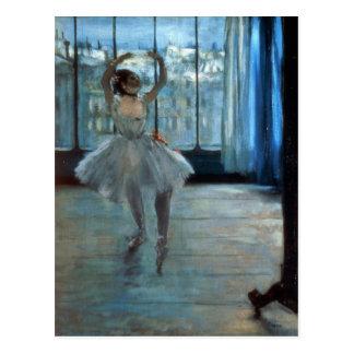 Bailarín delante de una ventana c 1874-77 postal