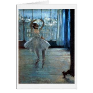 Bailarín delante de una ventana tarjeta de felicitación