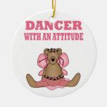 Bailarín divertido con actitud ornaments para arbol de navidad