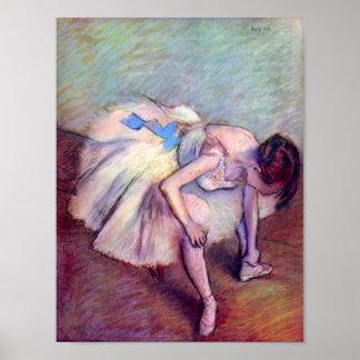 Bailarín doblado encima por Edgar Degas Poster