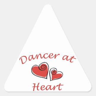 Bailarín en el corazón pegatina triangular