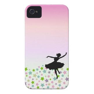Bailarín entre las estrellas en la puesta del sol  iPhone 4 Case-Mate coberturas