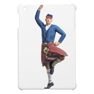 Bailarín escocés con la mano derecha para arriba
