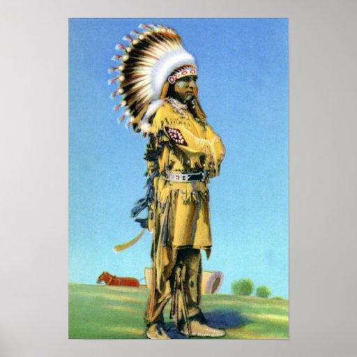 Bailarín indio del pueblo en traje ceremonial posters
