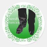Bailarín irlandés del paso - varón etiquetas redondas