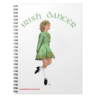 Bailarín irlandés del paso - verde libretas espirales