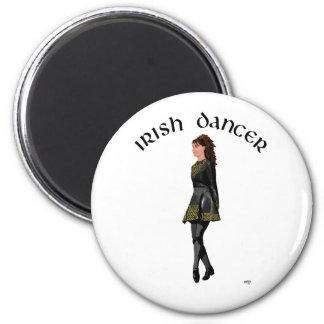 Bailarín irlandés del paso - vestido negro, pelo t imán redondo 5 cm