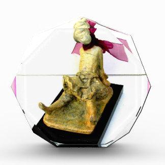 """""""Bailarín minúsculo: escultura de bronce"""