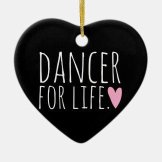 Bailarín para el negro de la vida con el corazón adorno navideño de cerámica en forma de corazón