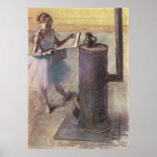 Bailarín que descansa por Edgar Degas, arte del Póster