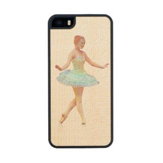 Bailarina agraciada con el pelo rojo funda de arce carved® para iPhone 5 slim