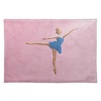 Bailarina con Placemat color de rosa, adaptable Mantel