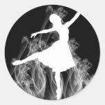 Bailarina de Smokin en negro Pegatina Redonda