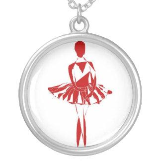 bailarina del rojo del ponte del collar