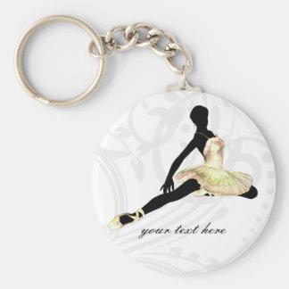 bailarina elegante vestida en marfil llavero redondo tipo pin