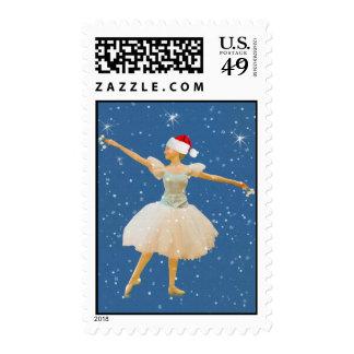 Bailarina en el gorra y los copos de nieve de envio
