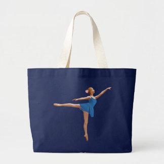 Bailarina en la bolsa de asas de la posición del A