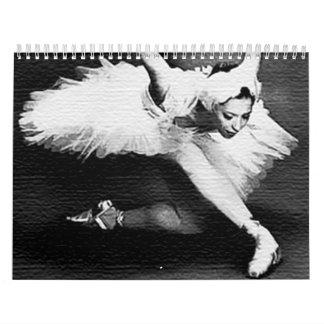 """Bailarina en la etapa para bailar el """"lago swan """" calendario de pared"""