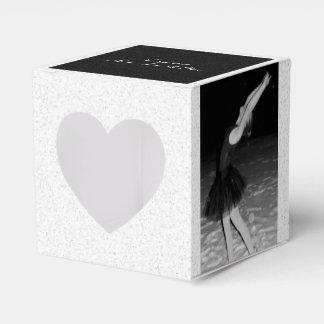 Bailarina en la nieve - caja para regalos