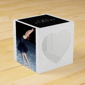Bailarina en la nieve - caja para regalos de fiestas